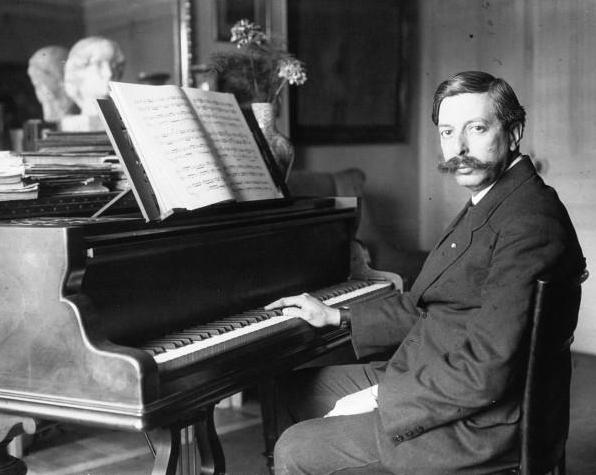 Imagen de 1914 del compositor y pianista español Enrique Granados