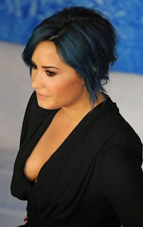 Demi Lovato  Pictures in Short Dress at Frozen Premiere in Hollywood  0007.jpg