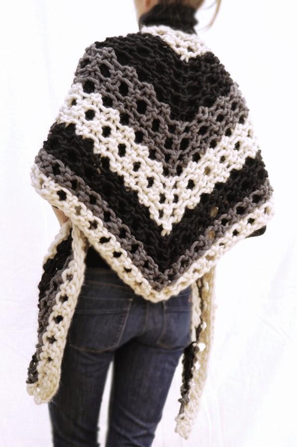 Knit 1 La The Scrappy Triangle Scarf