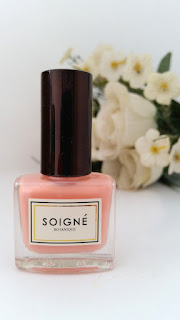 Soigne Nail Polish in Fruit de la Passion