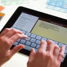 Texto para loja online - digitação em tablet