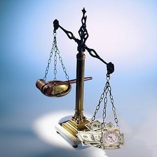balança justiça, poder judiciario, enriquecimento judicial