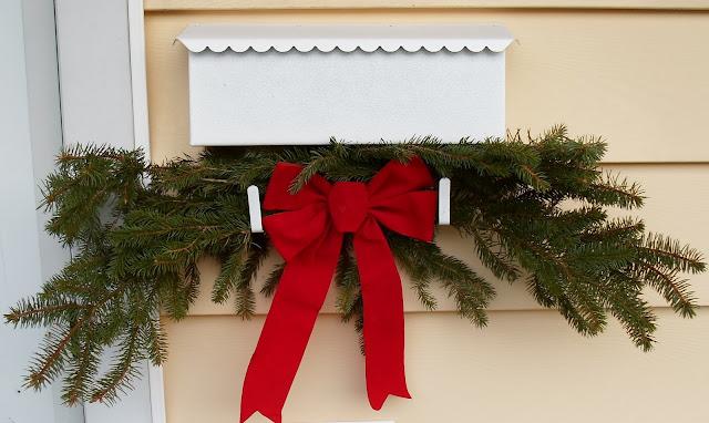 Mailbox Ideas For Christmas Christmas Mailbox Decorating