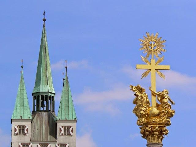 Urlaub Sommer Bayern Familie Dorf Straubing Kirche