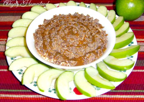 Apples with Creamy Caramel Dip