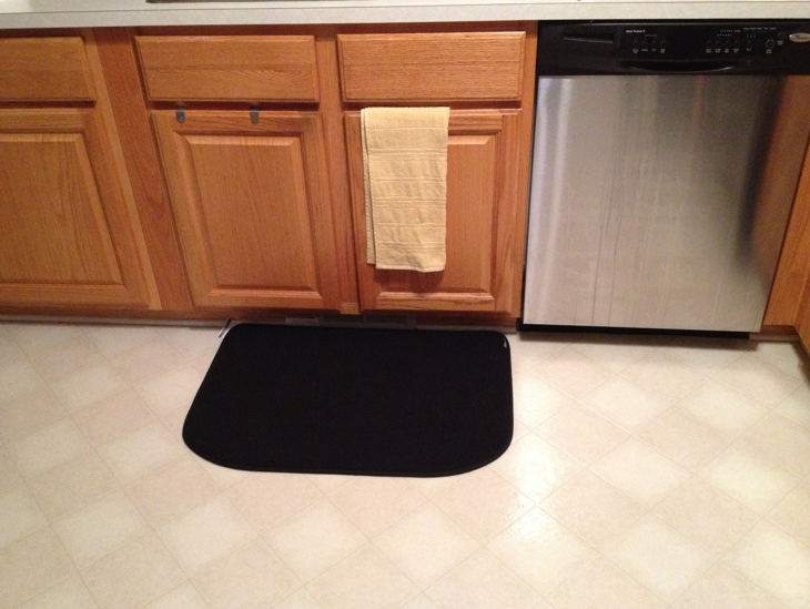 Kitchen Mat Provides Luxurious Cushioning The Inside Of Has 1 2 Memory Foam That Cradles Your Feet In Comfort While Plush Pebbled Top
