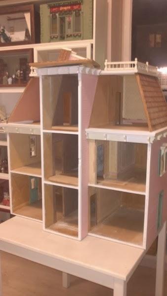 case di bambole vecchie