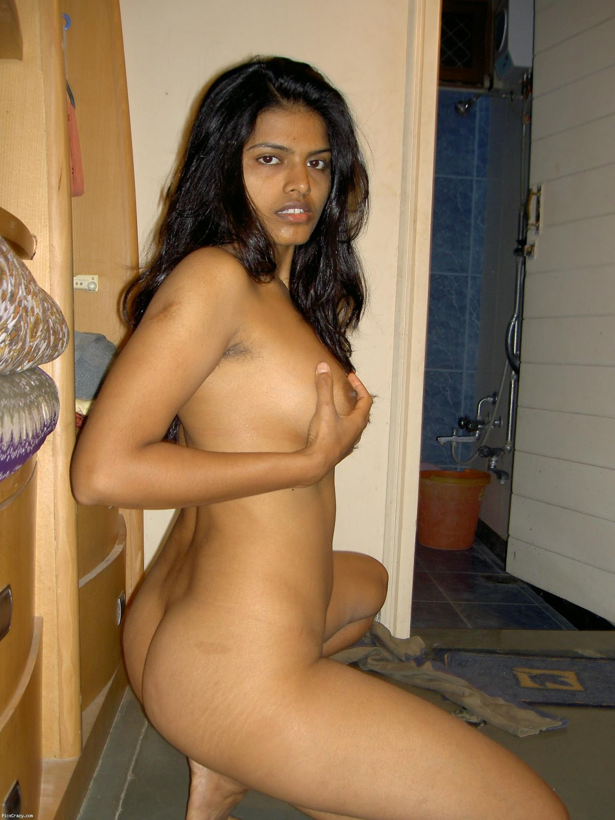 perfect babe self shot nude