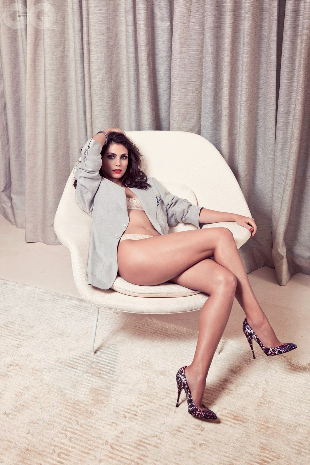 Morena Baccarin in a leggy pose