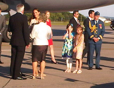 PEI girl reacts after giving Kate Middleton flowers