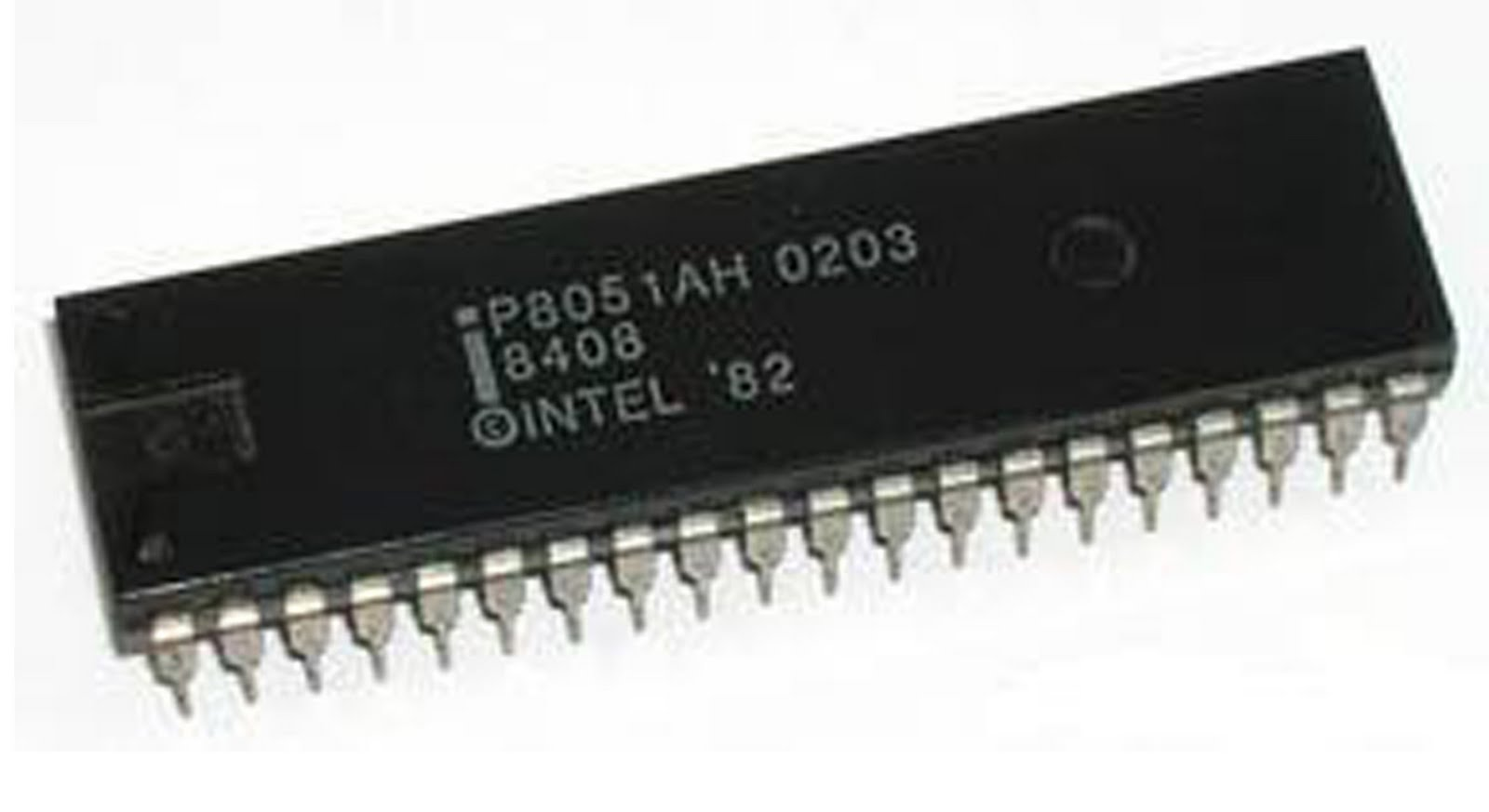 Features Of 8051 Microcontroller Your Desk