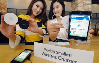 LG WCP-300, World's Smallest Wireless Charger