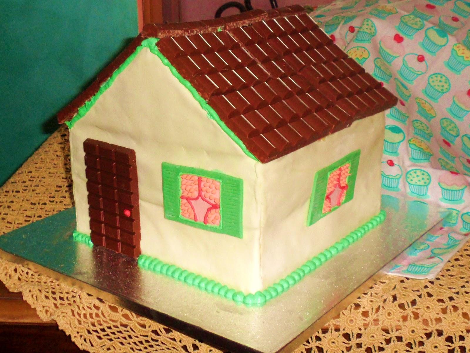 Alessandra torte e dolcetti torta casetta for Casa a forma di v