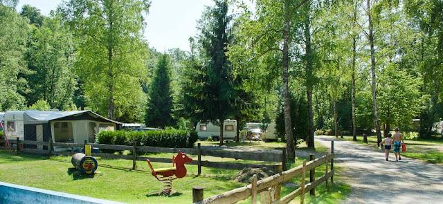 Campingplatz Eulenburg Spielplatz und Touristenplätze
