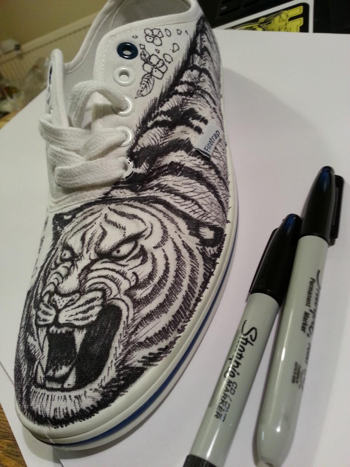 meerkatsu art canvas shoe art