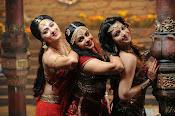 Rudhramadevi movie photos gallery-thumbnail-3