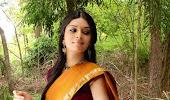 Nisha shetty hot  in saree pics