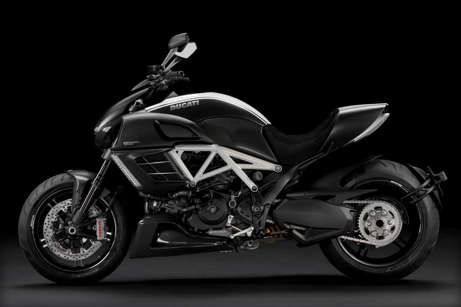 2012 ducati diavel amg limited edition. Black Bedroom Furniture Sets. Home Design Ideas