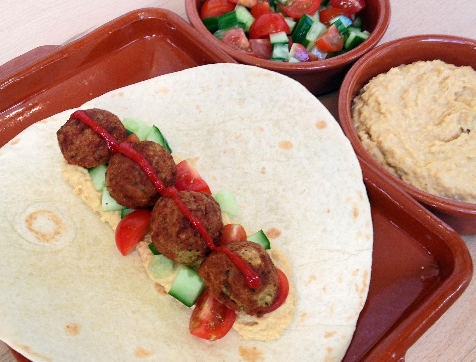 ... ideas for 1 week using flour tortillas. Day 2: Felafel and Hummus Wrap