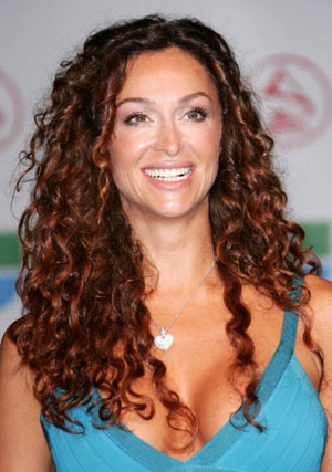 pretty hairstyles for curly hair. Pretty Hairstyles For Curly