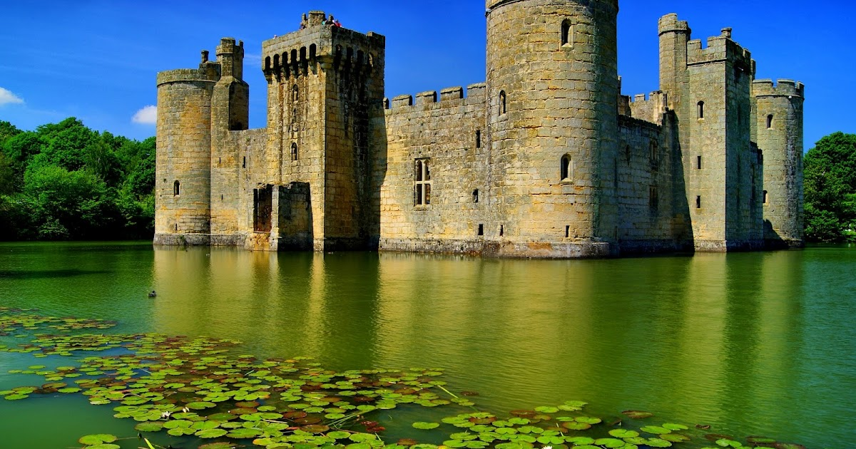 Bodiam castle in east sussex england images 96