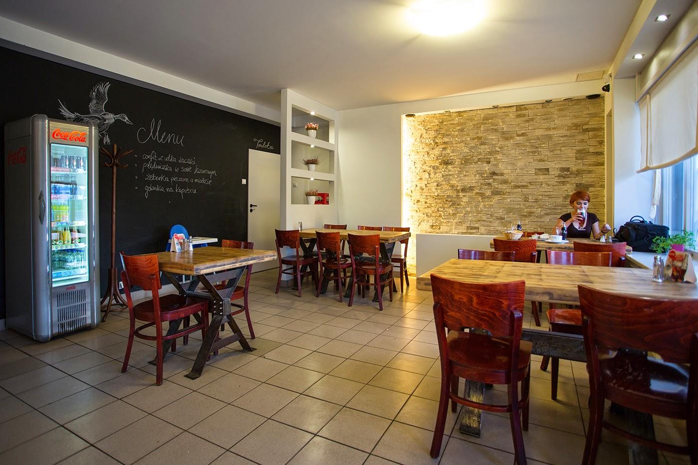 Restauracja Nienażarty - wnętrze - Łódź od Kuchni