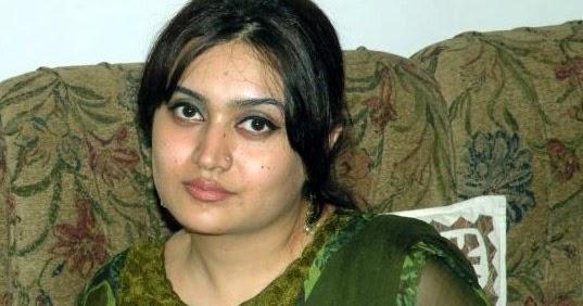 University | local | desi girls | HD Wallpapers & Urdu Poetry