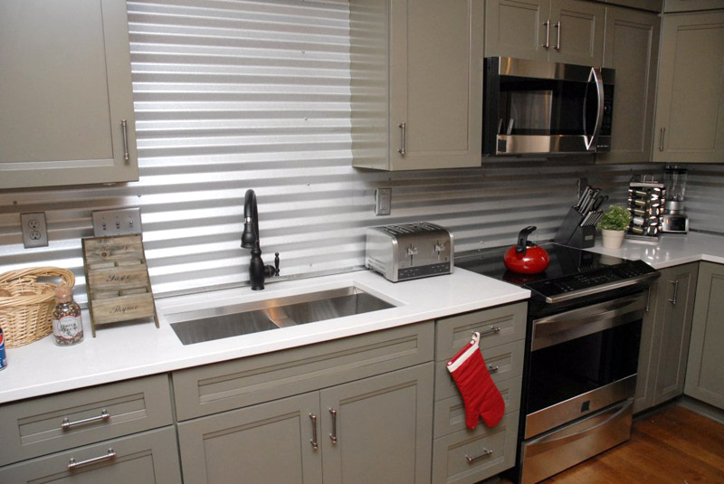 Inspired whims creative and inexpensive backsplash ideas for Cheap ideas for kitchen backsplash