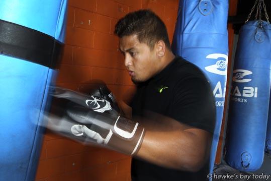 Kiki Leutele, Napier, preparing for his pro debut against Clarence Tillman, at Napier Boxing Club, Taradale, Napier. photograph
