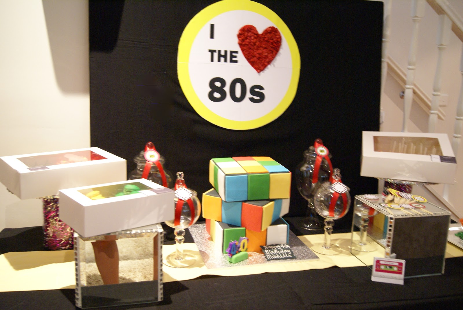 The inspired occasion themed 80 39 s party i love the 80 39 s for 80 s table decoration ideas