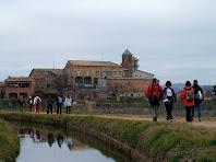 El nucli de Sant Iscle de Bages des de la Sèquia de Manresa