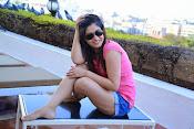 Prabhajeet Kaur Glamorous Photo shoot-thumbnail-9
