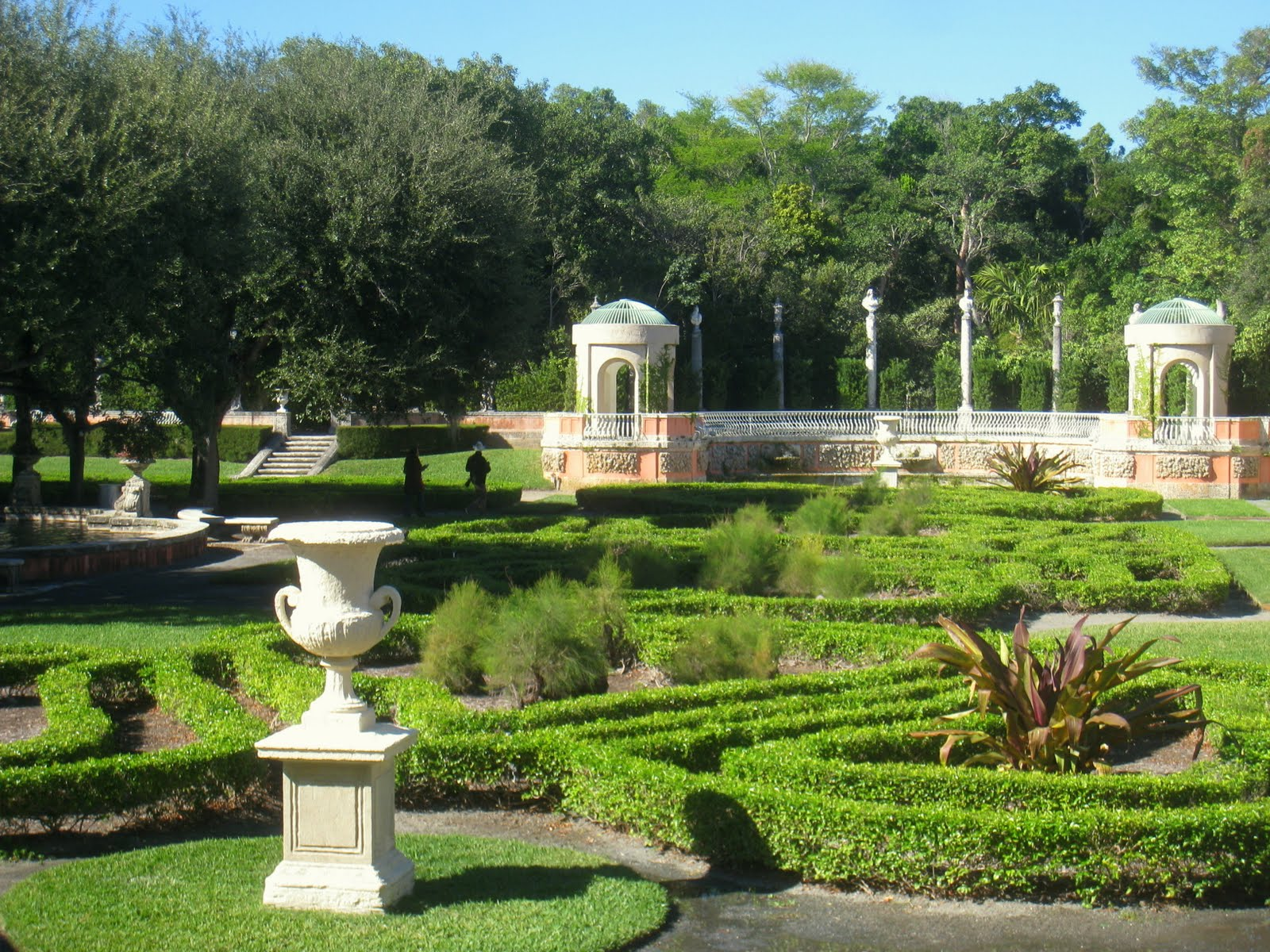 My fictional travel blog about miami vizcaya museum and for Villa garden