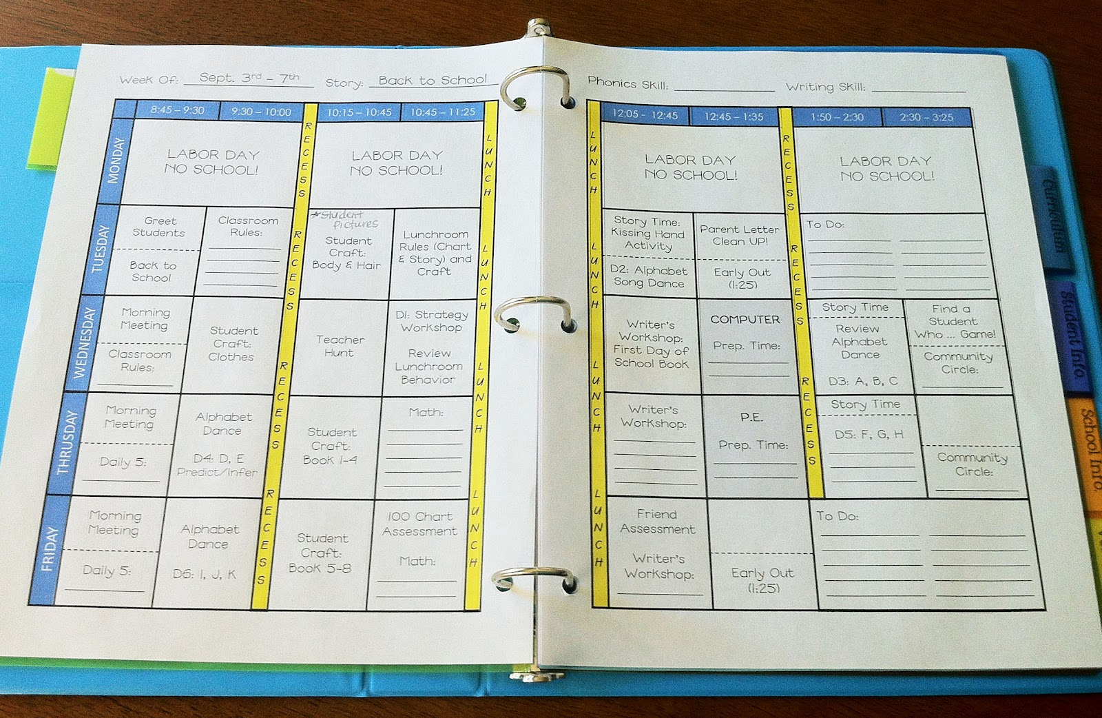 The teacher wife how to create your own teacher binder for Create your own planner online