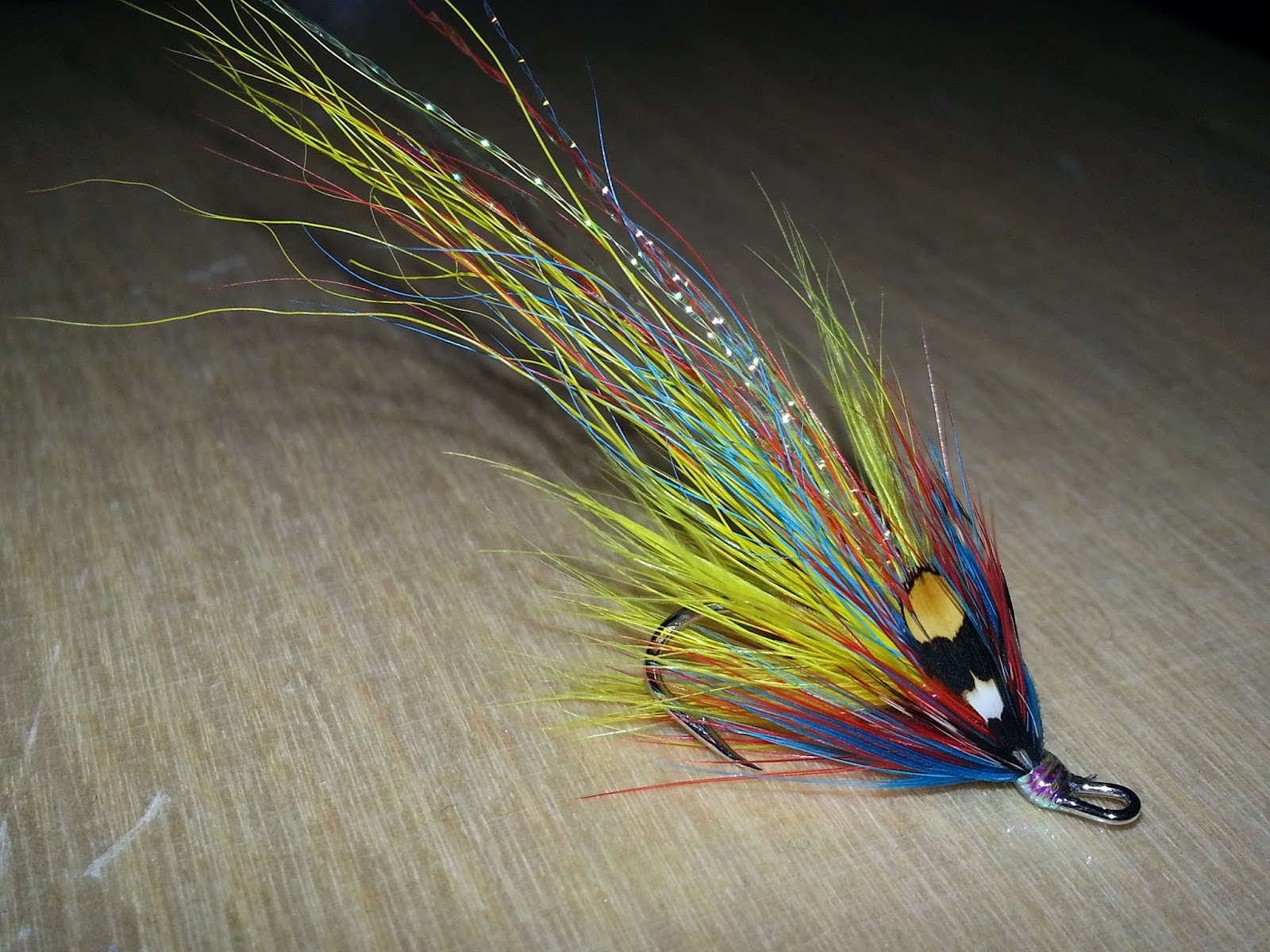 Salmon fly august 2013 for Salon fly