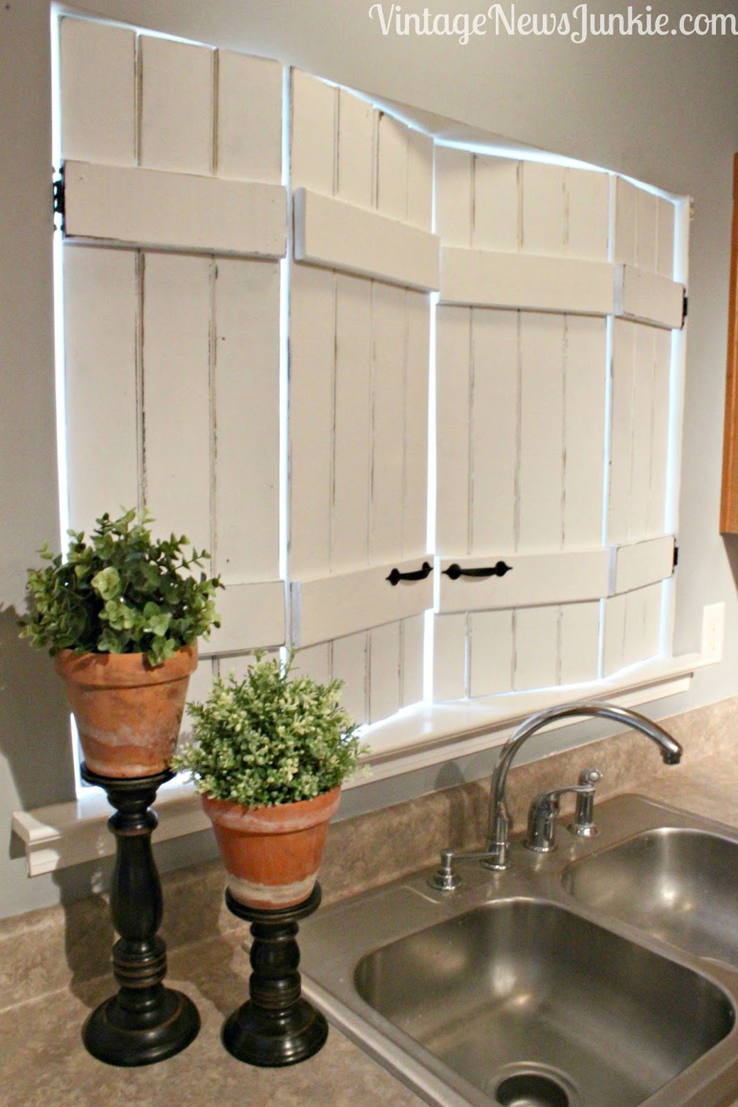 Make Your Own Shutters I Love That Junk Make Your Own Charming Window Shutters Vintage