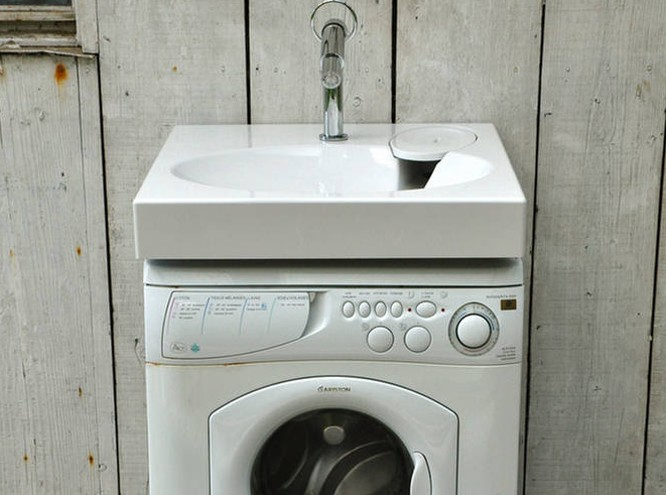 Designers block some clever under sink storage - Machine a laver sous lavabo ...