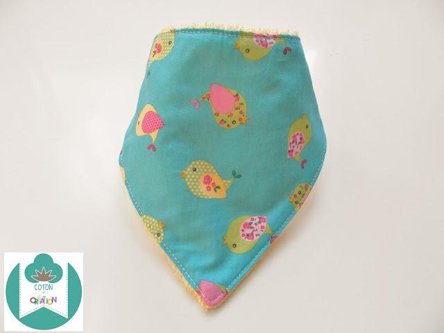 Coton et Création : bavoir bandana