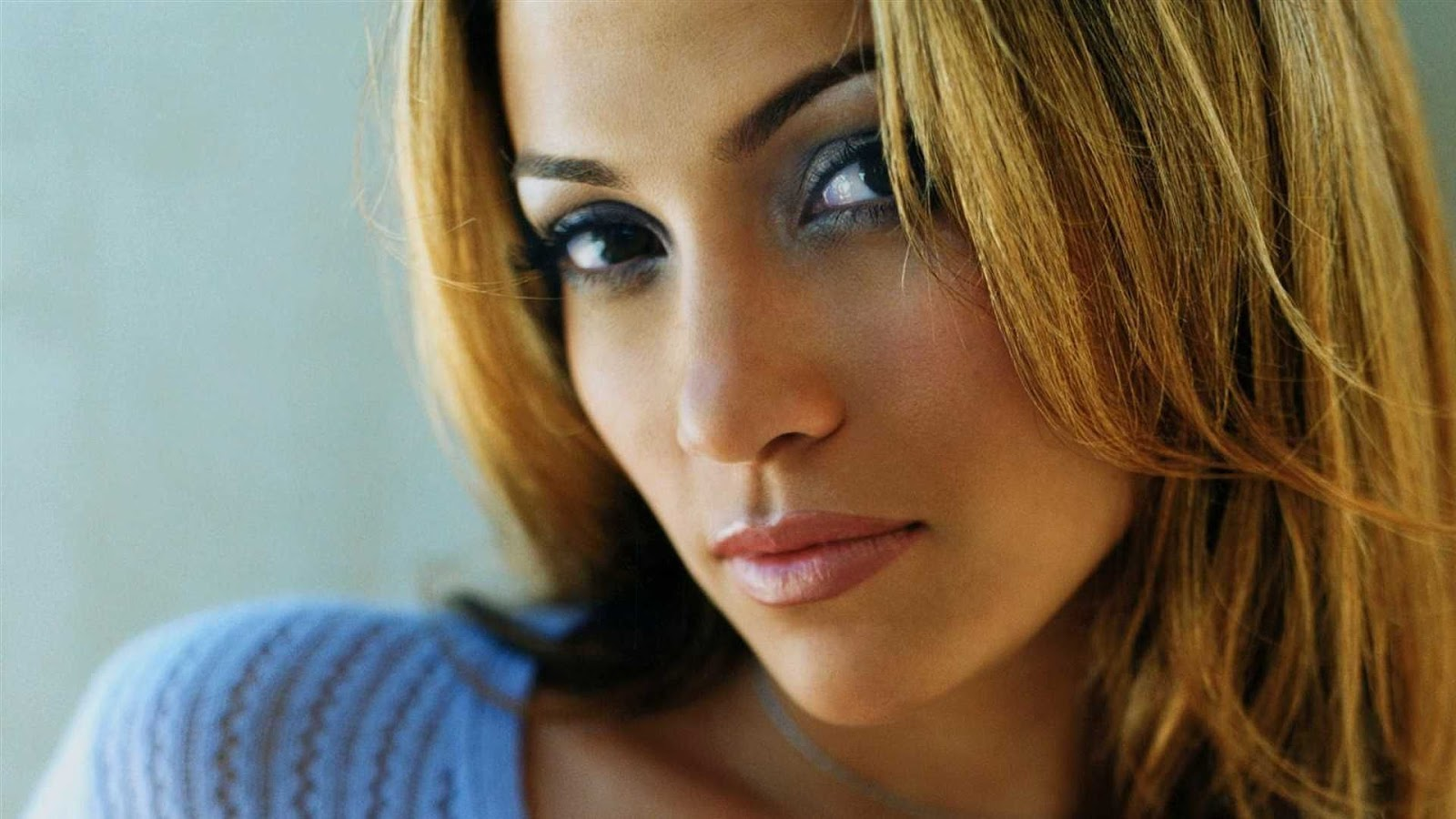 Jennifer Lopez High Resolution