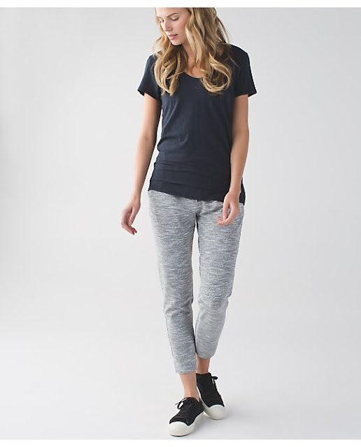 lululemon-jet-crop-slim