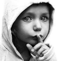 shh,  silêncio, da minha vida e das minhas palavras cuido eu