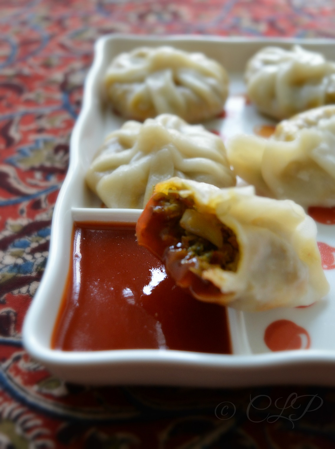 Spicy veg momos recipe