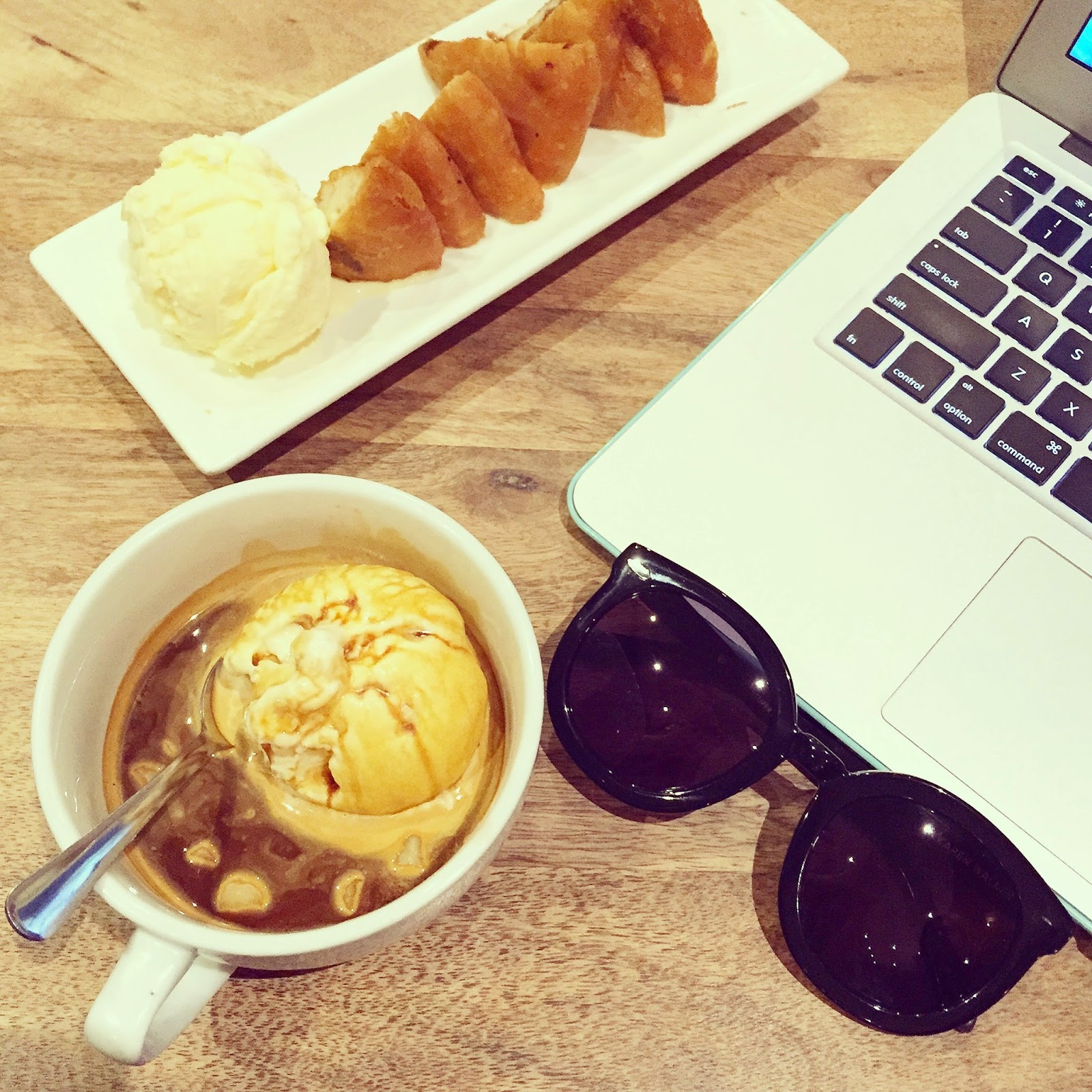 Kanren walker super doper sunglasses, dessert , sweets, macair, fashion blog