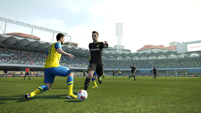 Download PESEdit.com Patch 5.0 (FIX) PES 2013 Terbaru