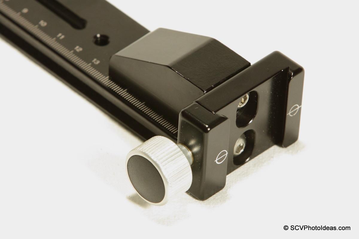 Hejnar Photo F69 QR clamp attached on G103 block+G10-80 rail - closeup