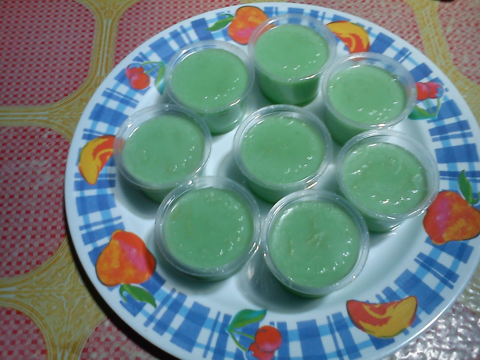 puding hijau lumut sama puding karang alias gula merah biar keren nama