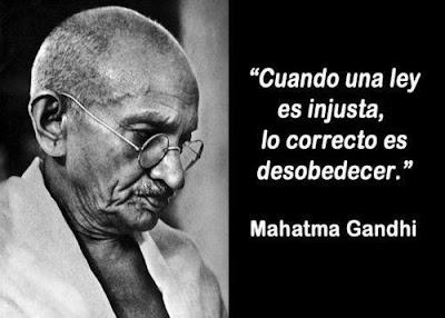 Mahatma Gandhi - Cuando una ley es injusta...