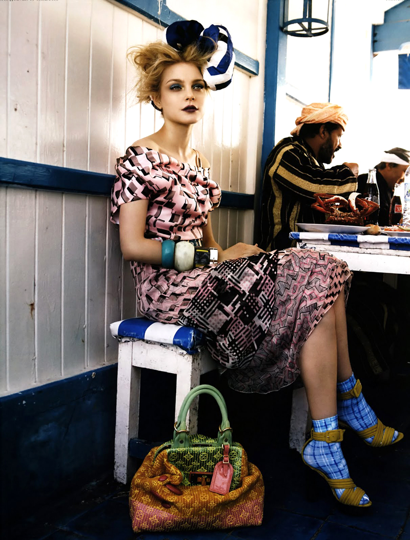 Jessica Stam and her Louis Vuitton Spring/Summer 2008 photographed by Patrick Demarchelier for Vogue US May 2008 via fashioned by love british fashion blog