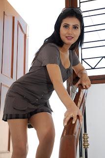 hot Anu Smrithi unseen images