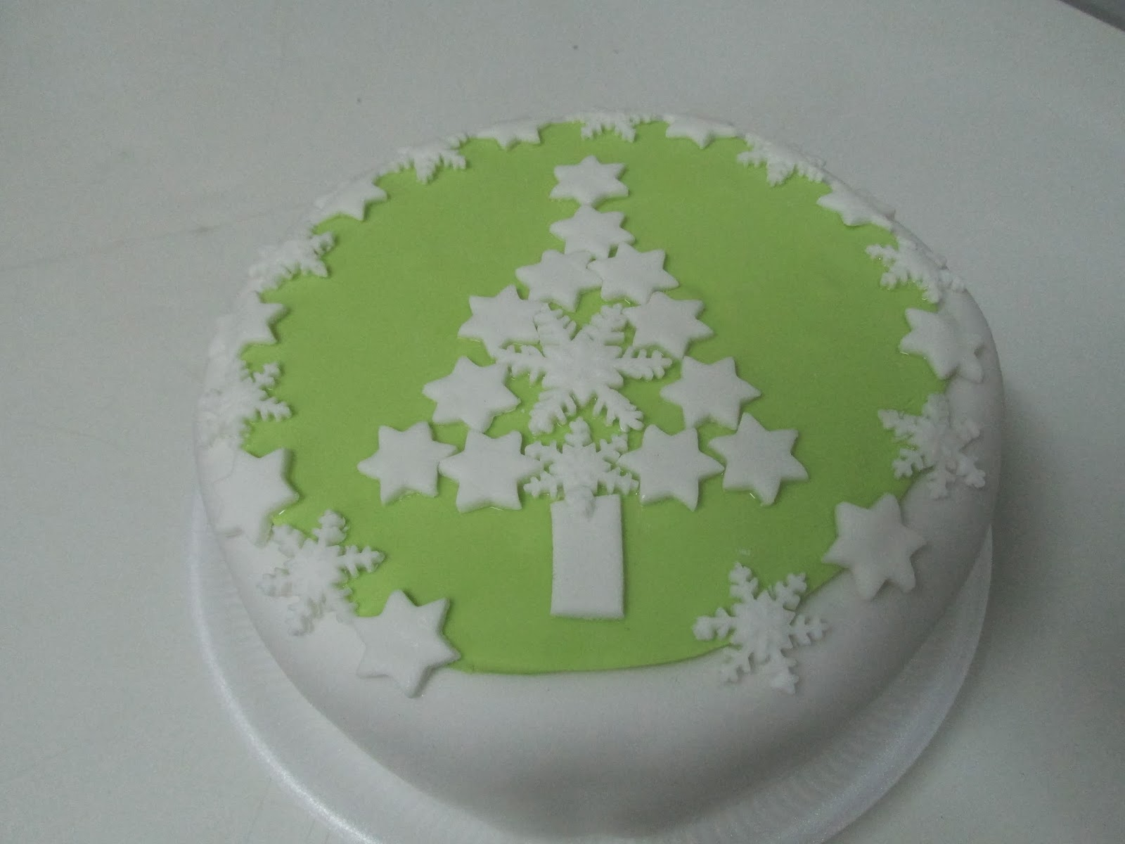 Christmas Cake Decoration With Stars : Styles Of Cooking: More Christmas Cake Designs
